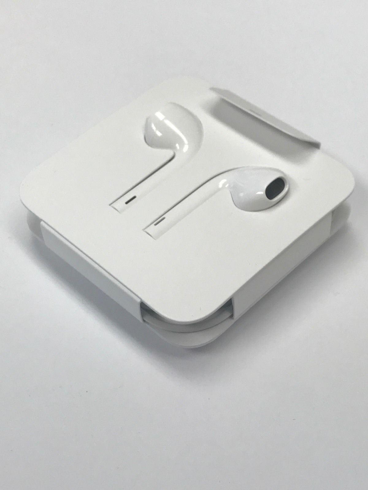 0376f3f402a Apple - Audifono EarPods Con Plug 3.5mm Originales MNHF2AM/A - Blanco |  Juntoz.com