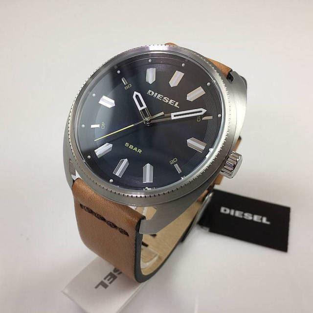 043560e525e9 Reloj Diesel Fastbak DZ1834 Acero Inox. Correa De Cuero - Beige ...